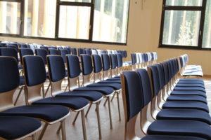 Hörsaal - Unterschied zwischen Universität und Fachhochschule