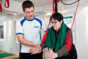 Soziales Engagement: Freiwillige und Sport im Alter oder ReHa